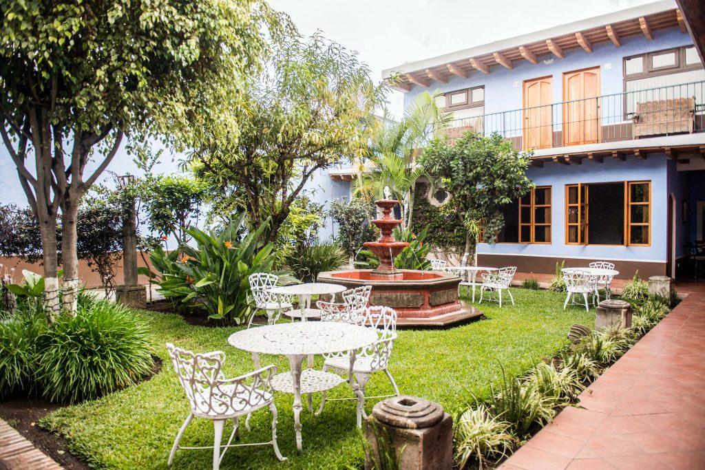 Hotels Antigua Guatemala Parque Central Calle del Arco
