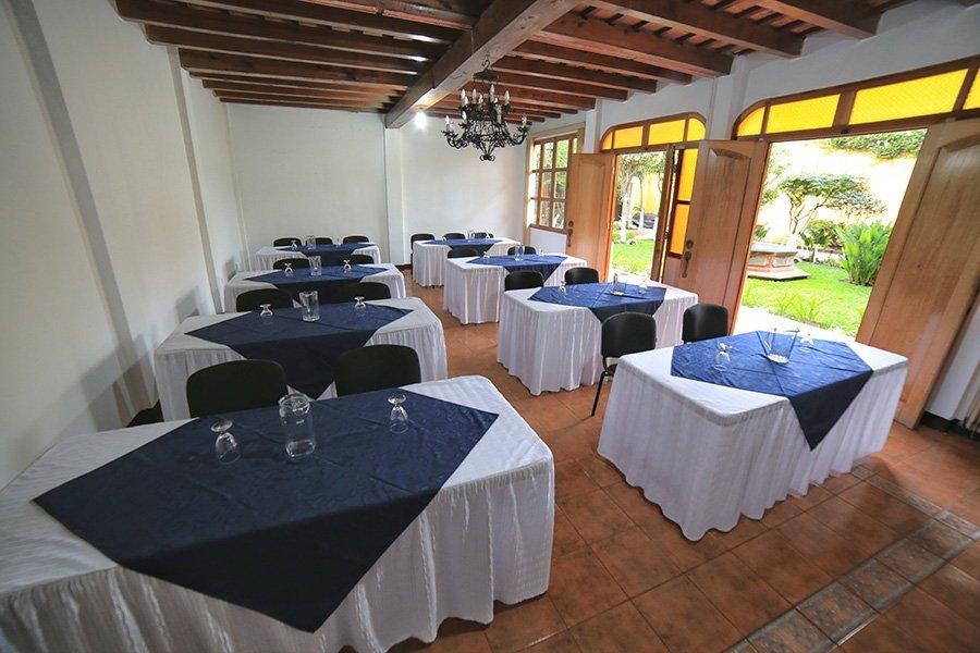 Salón para eventos y reuniones en Antigua Guatemala